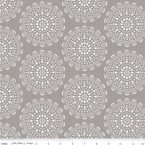 Daisy Days Doily Gray