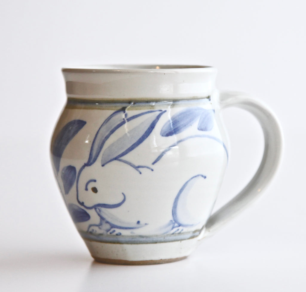 8oz Barrel Mug with Painted Rabbit