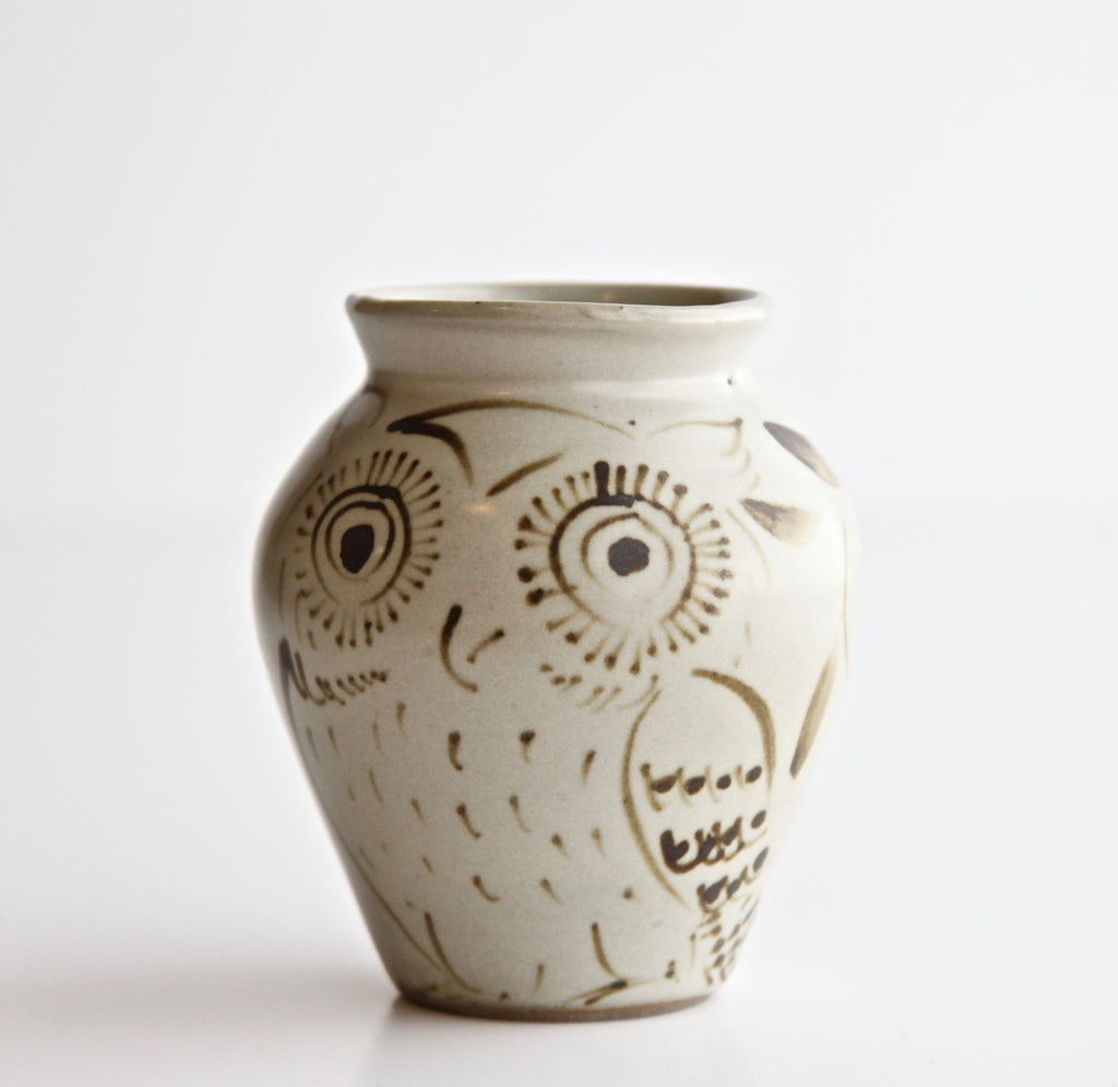 "4"" Oatmeal Vase with Painted Owl"