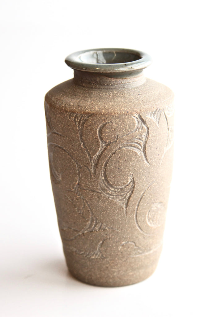 "4.5"" Raw Carved Devonshire Scroll of Life Vase"