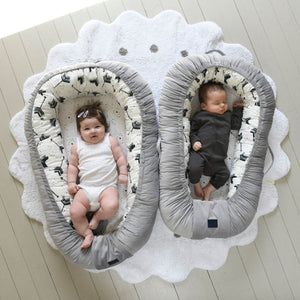 BABY NEST - Pony Meadow | Velvet Papaya