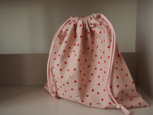 Drawstring Collectors Bag: Apples and Bees (Size 3)