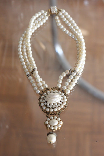 Vintage Pearls Necklace