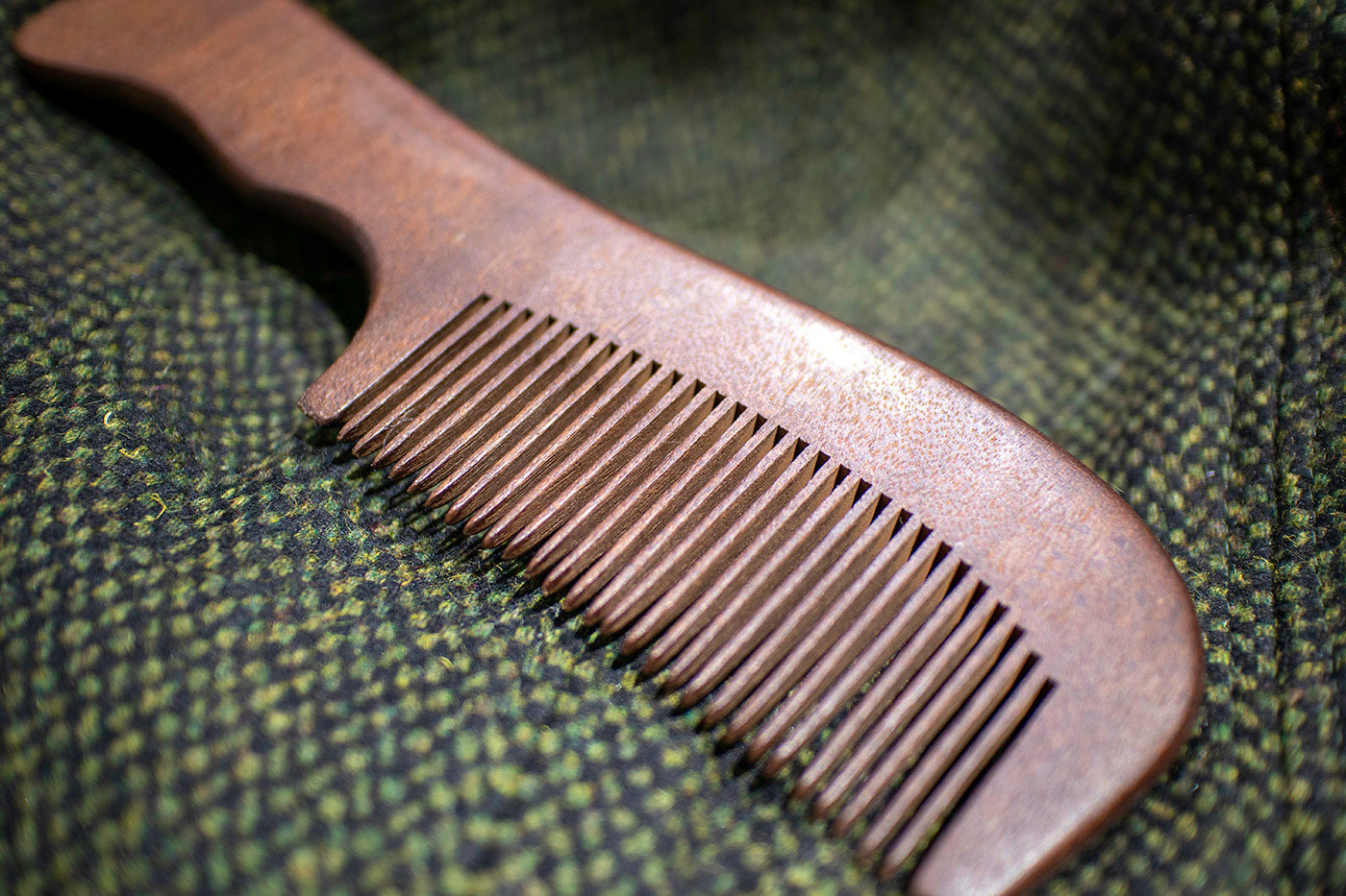 Medium Tooth Red Sandalwood Beard Comb