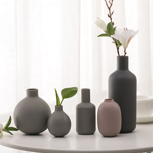 Nordic style Ceramic vase - Free shipping (17-27 days)