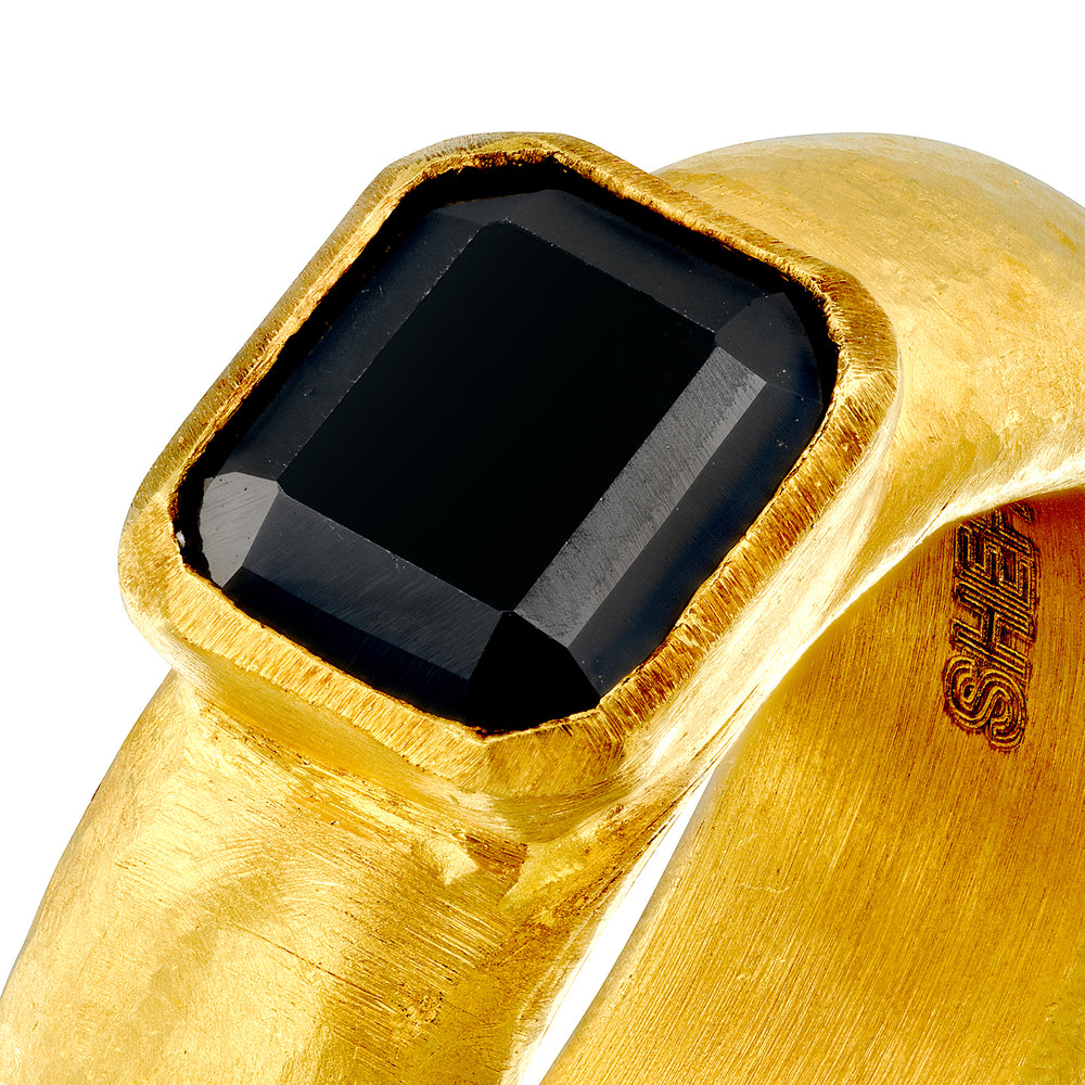 SALOMON SPINEL RING