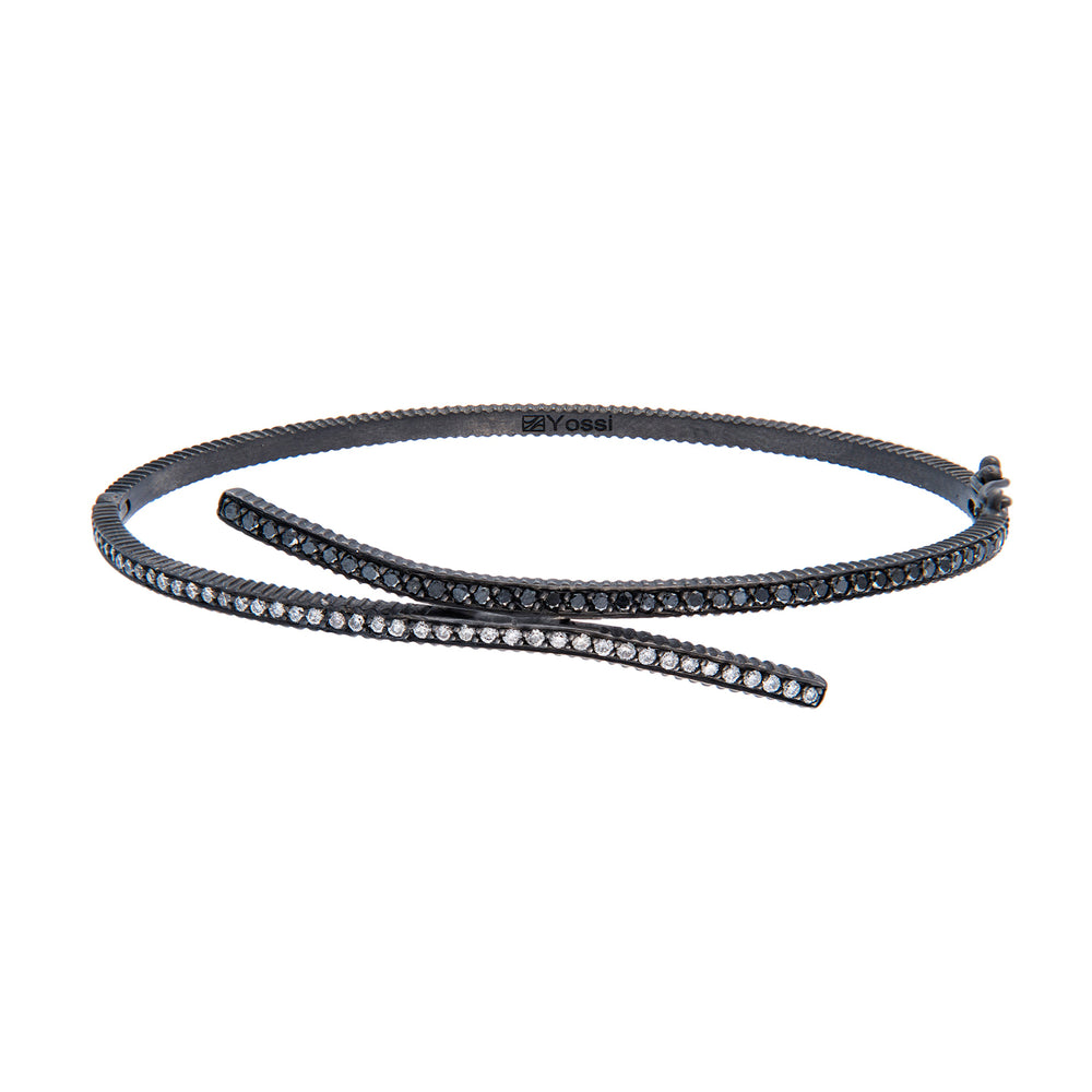 OXIDIZED GILVER BLACK & WHITE DIAMONDS CRISS CROSS BRACELET