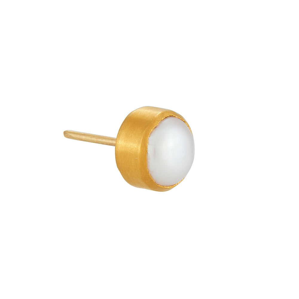 24K GOLD MEDIUM PEARL STUD EARRINGS