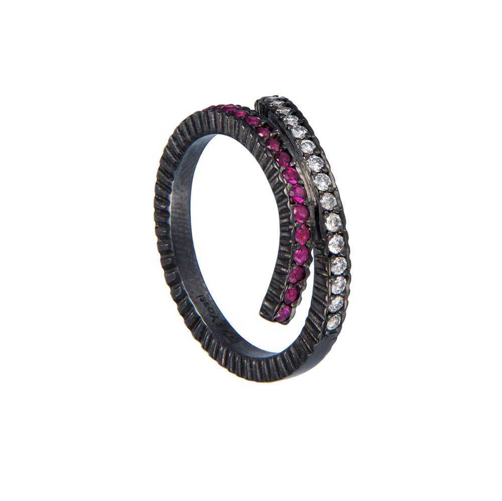 OXIDIZED GILVER RUBY & WHITE DIAMOND CRISS CROSS RING