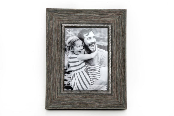 Grey Wood Effect Photo Frame 5 x 7 - Caths Direct