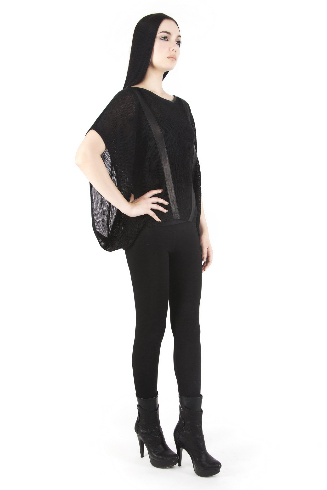 v net top w leather black