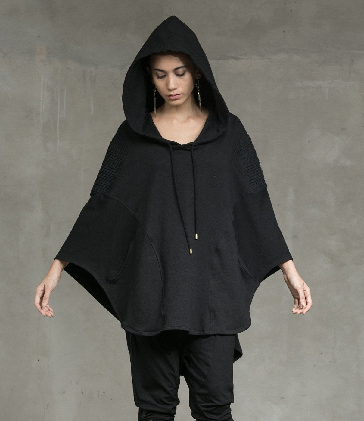 Boa Hooded Poncho Black