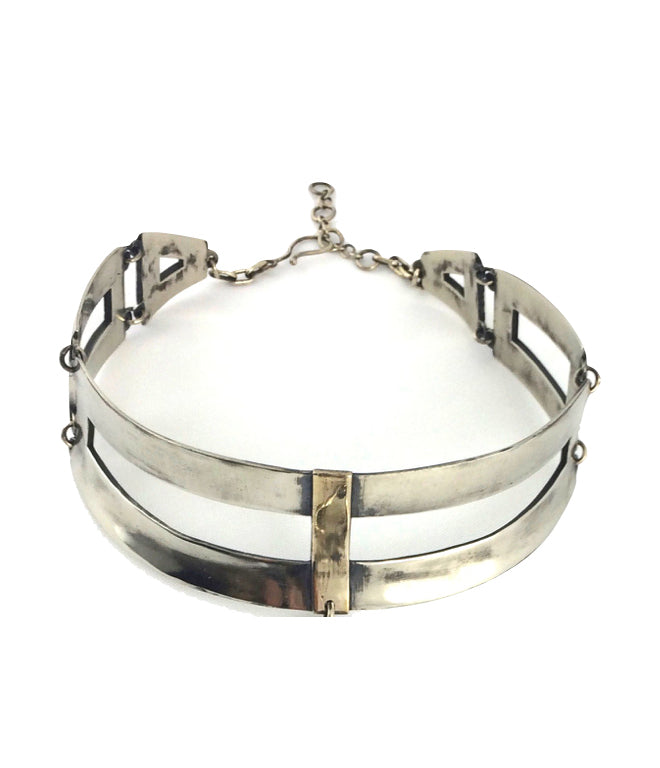 cross collar brass