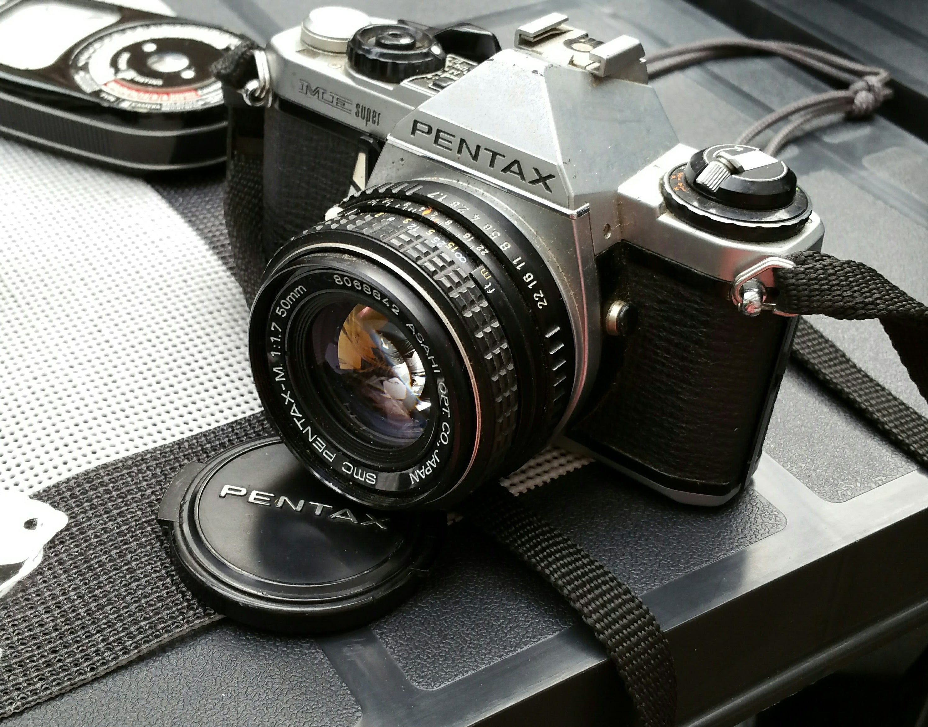 Pentax ME super, 35mm camera, SLR camera, Student