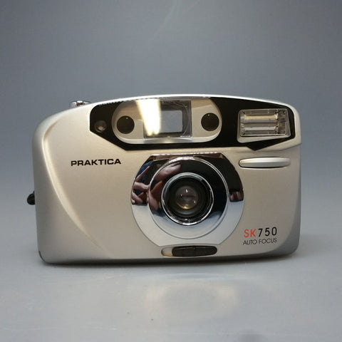 PRAKTICA SK 750 auto focus 35mm compact point and shoot