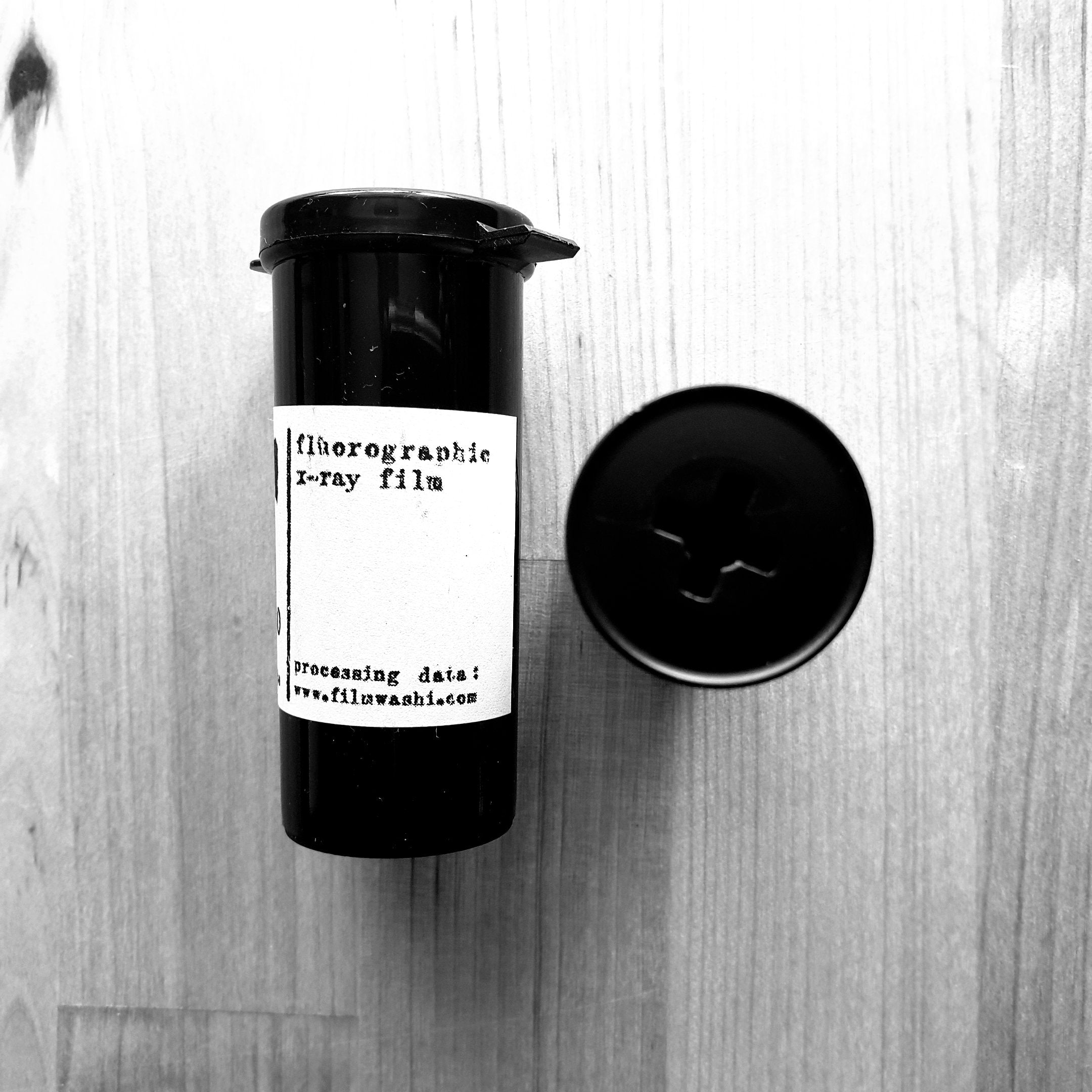 "Film Washi ""F""  X-RAY FILM 120 roll film - Greenwich Cameras and Film"