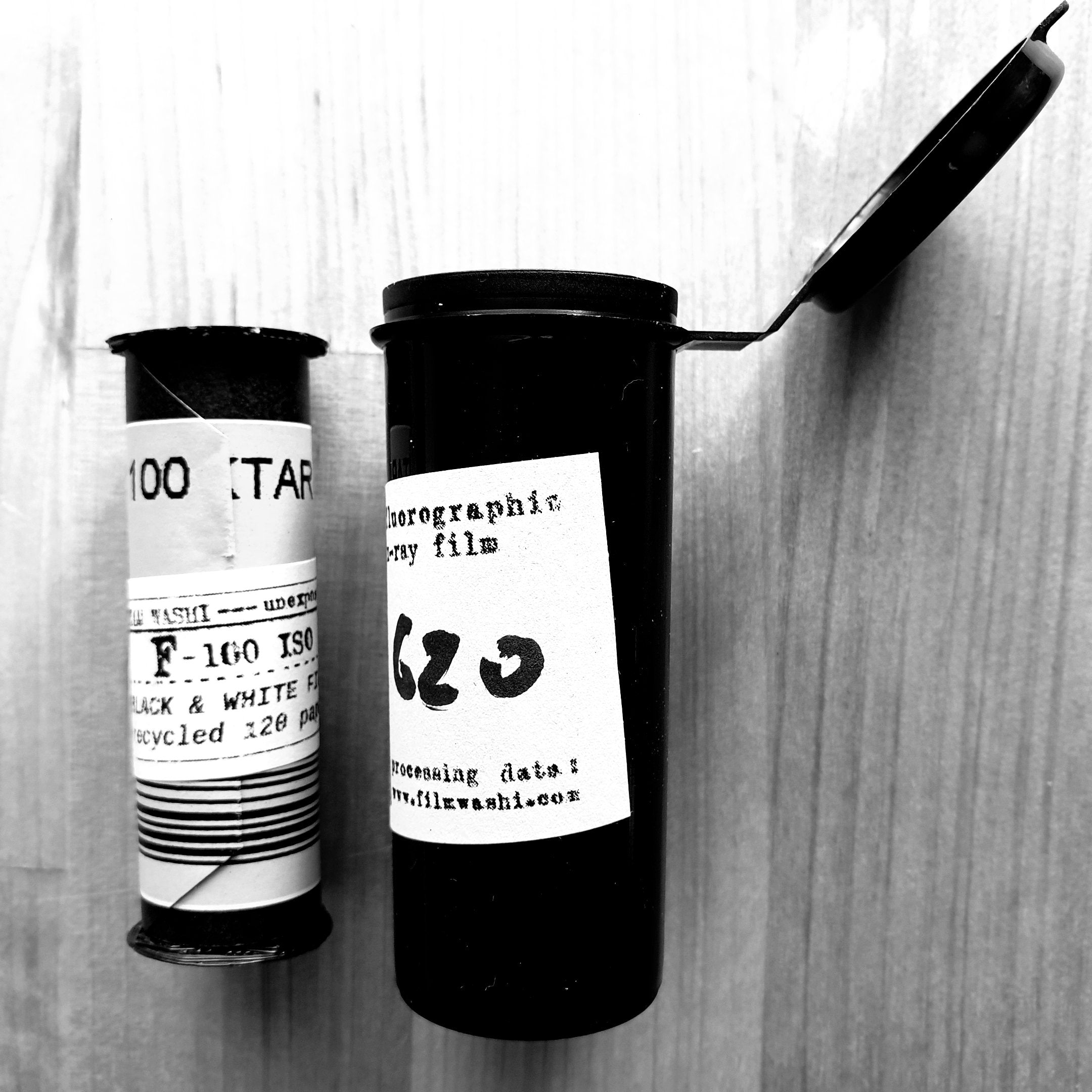 "Film Washi ""F""  X-RAY FILM 620 roll film - Greenwich Cameras and Film"