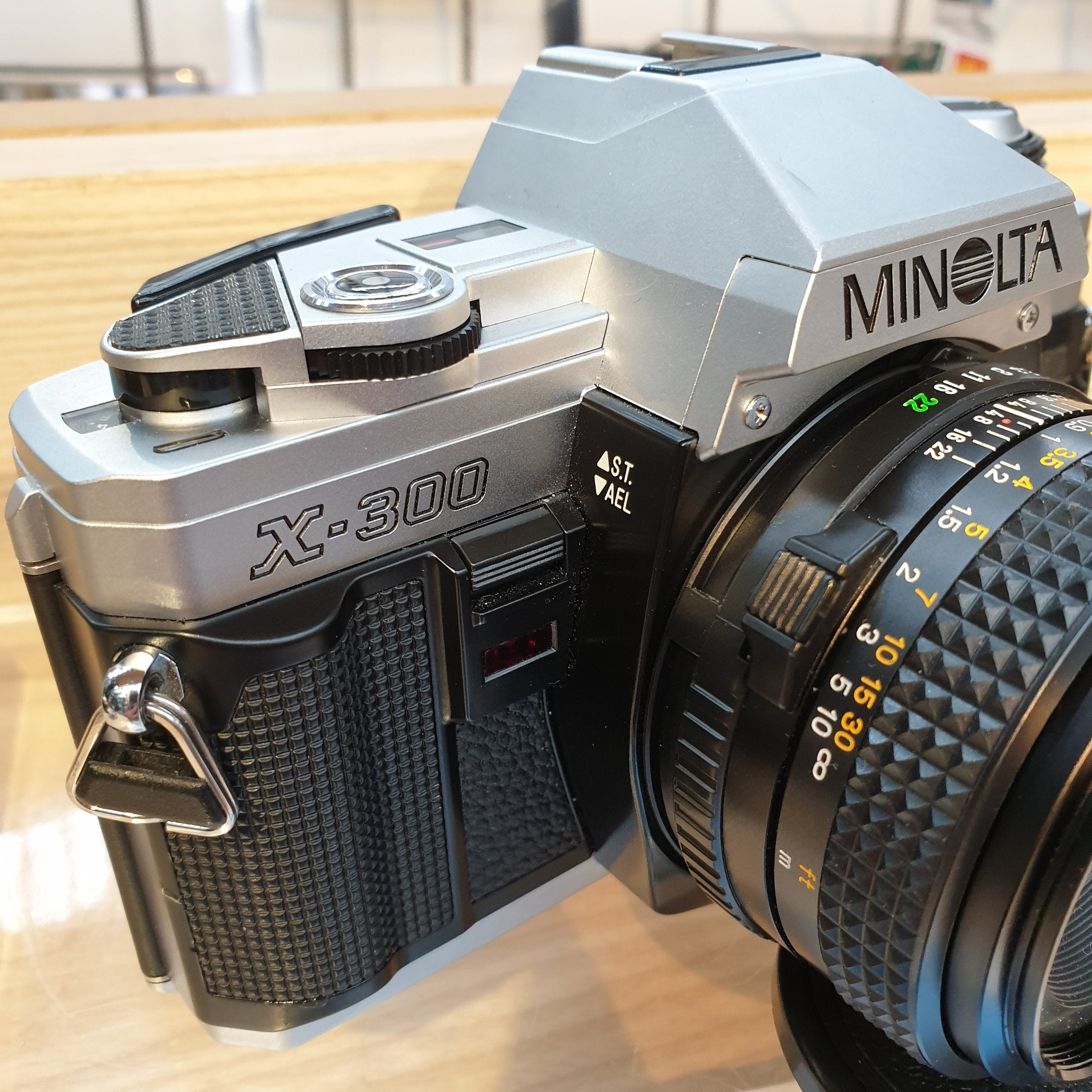 Minolta X300 with 50mm 1.7 sn8448441/6058549 - Greenwich Cameras and Film