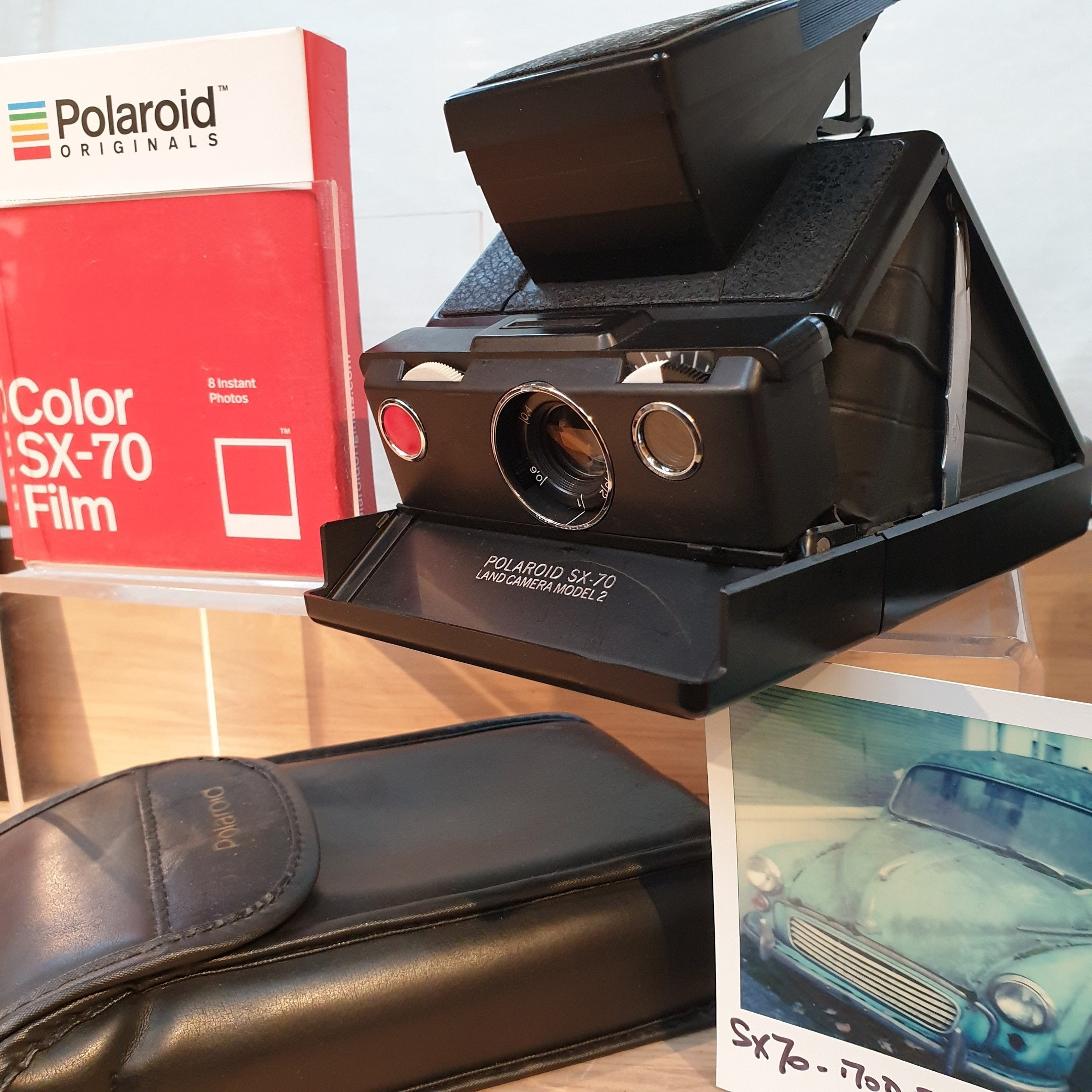 Polaroid Land SX-70 folding Model 2 2E622582961 - Greenwich Cameras and Film