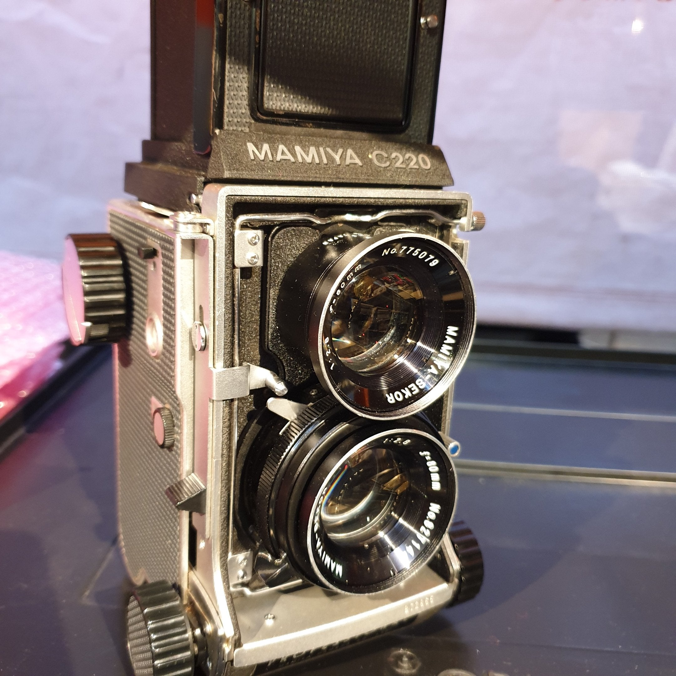 MAMIYA C220 Sekor 80mm Blue Dot B72865 - Greenwich Cameras and Film