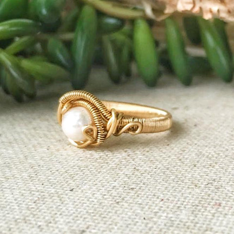 14K Gold Pearl Engagement Ring - designsbynaturegems