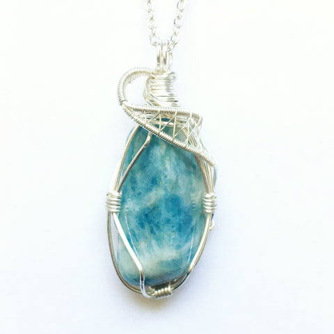 Bright Silver Wire Wrapped Blue Aquamarine Necklace - designsbynaturegems
