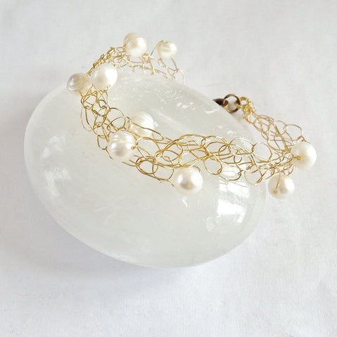 Gold Bridal Bracelet - Freshwater Pearl- Boho Wedding - Alternative Wedding Jewelry -Wire Crochet Bracelet - Bridesmaid Bracelet - designsbynaturegems