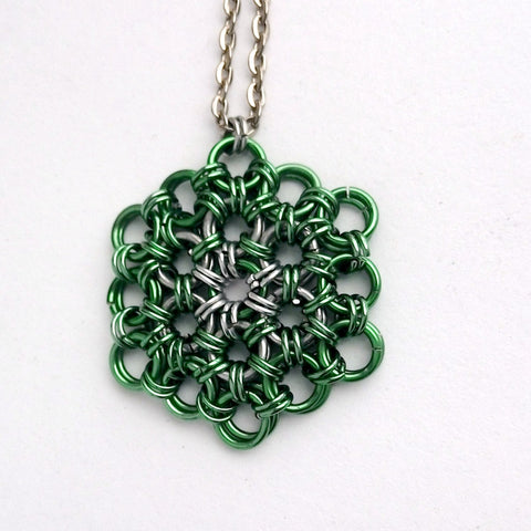 Green Flower of Life Pendant - Meditative Chainmaille Necklace - designsbynaturegems