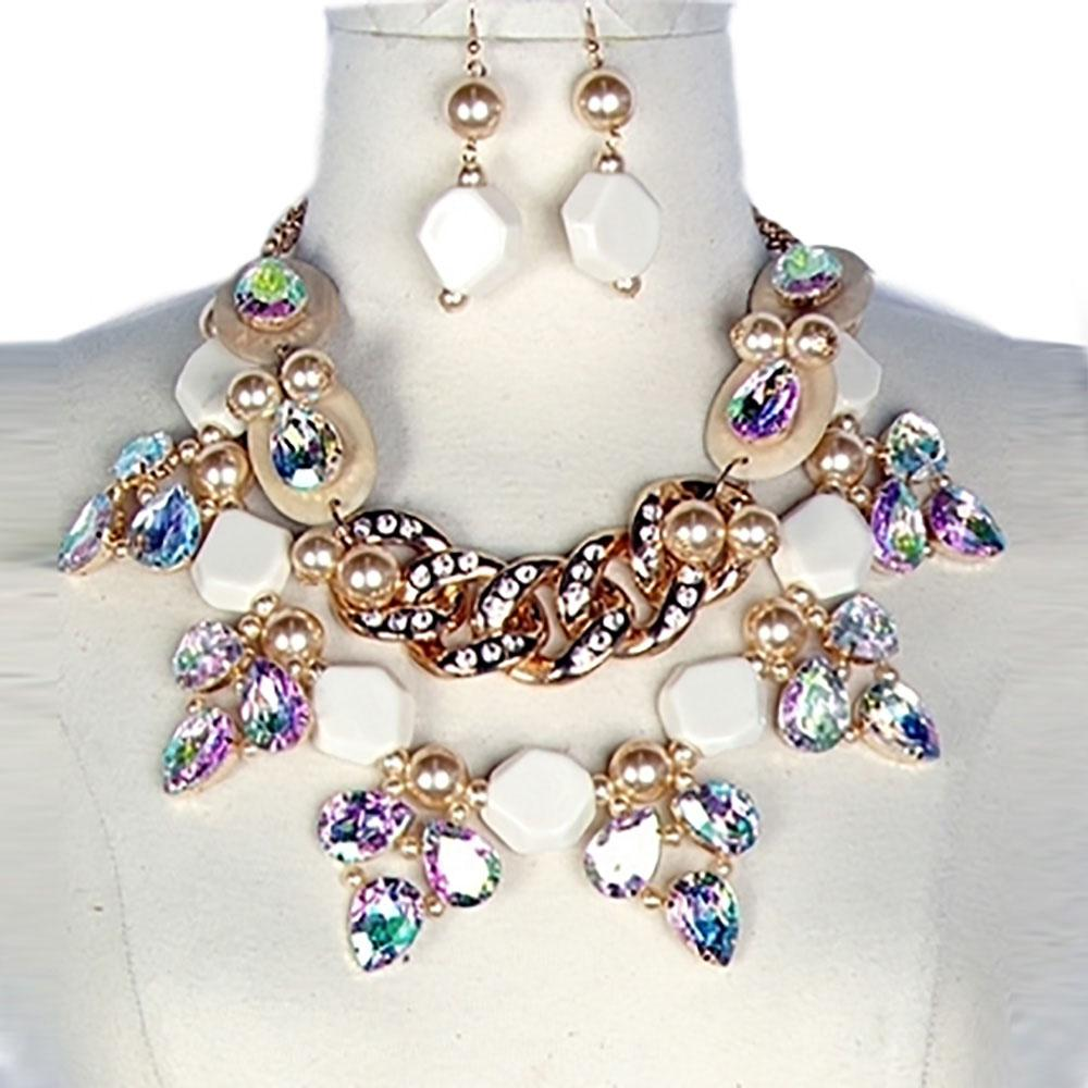 Pearl Wood Chunky Bib Necklace Accessories
