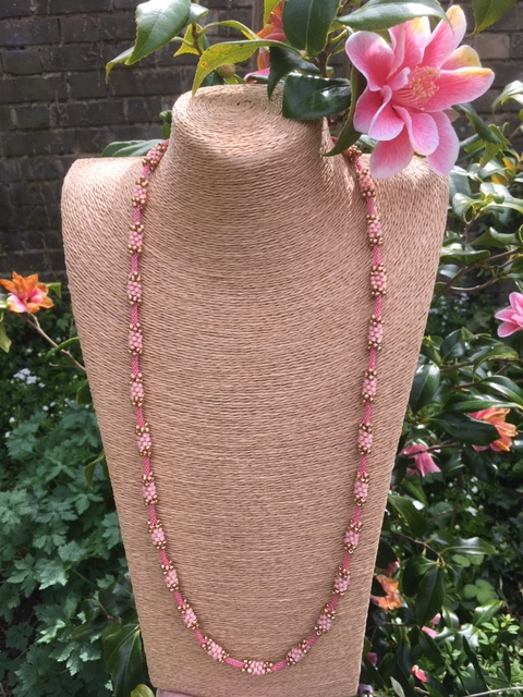 Kumi-Bead necklace - pink