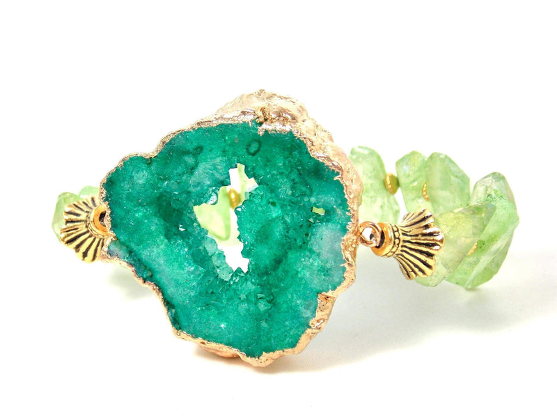 Green Durzy Quartz Gold Plated Pendant Statement Bracelet