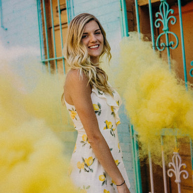 Wire Ring Pull Smoke Grenade (90 Sec) Color Bomb Smoke Effect [Yellow]