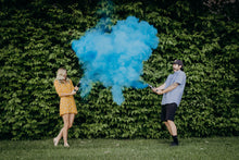Load image into Gallery viewer, gender reveal powder smoke cannon blue confetti