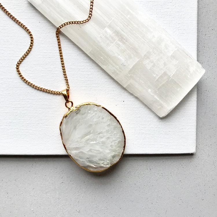 Decadorn Shadow Statement Pendant - Quartz