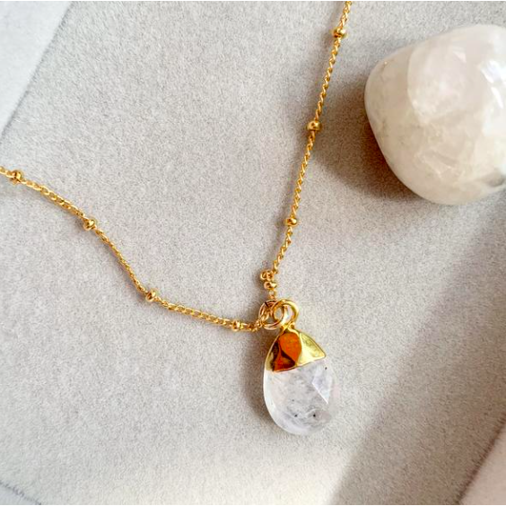 Decadorn Amulet Droplet Necklace - Moonstone