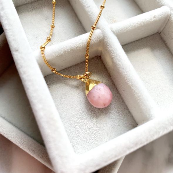 Decadorn Amulet Droplet Necklace - Pink Opal
