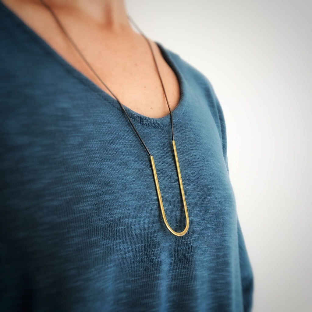Asymmetrical U-Drop Necklace