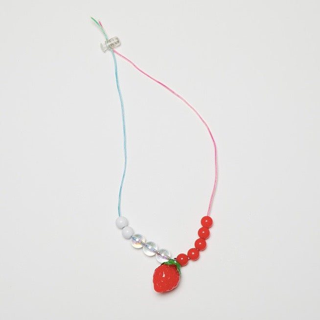 【DDOANG】HAND MADE STRAWBERRY NECKLACE