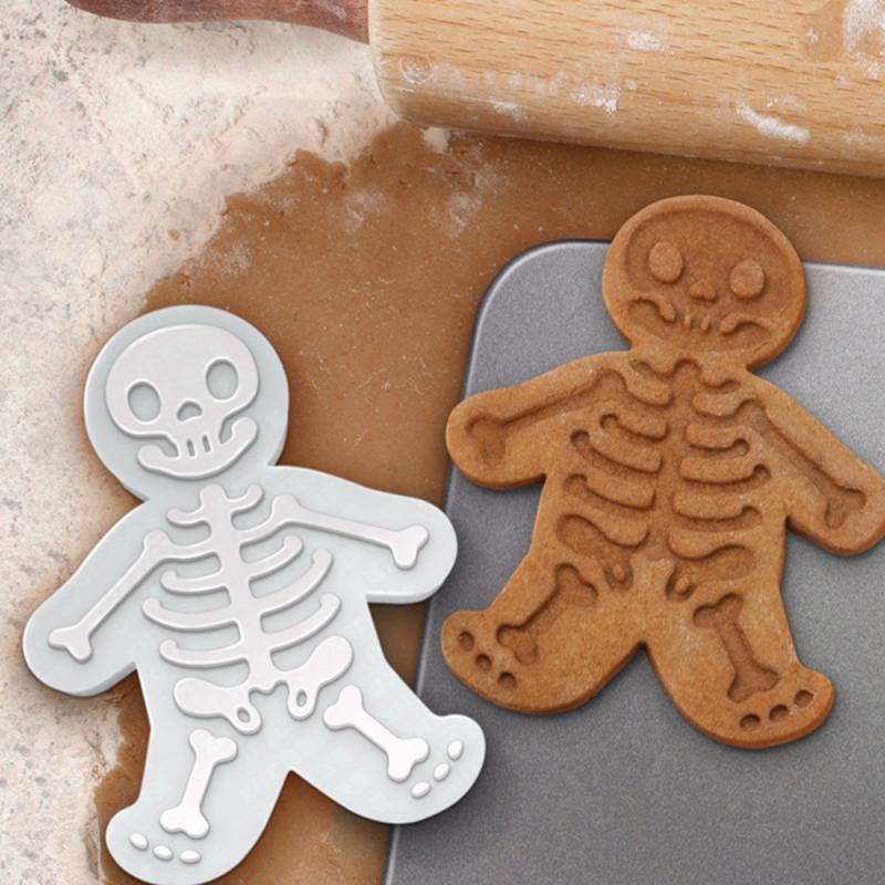 Halloween Ginger Skeleton Cookie Maker