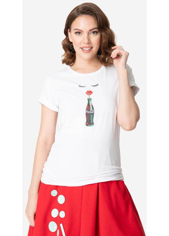 Unique Vintage x Coca Cola Red Lips & Cola Sips T-Shirt Wit