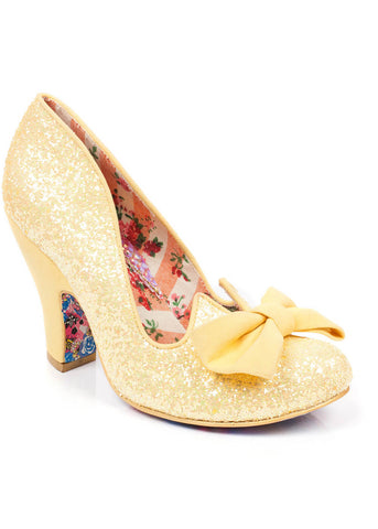 Irregular Choice Nick of Time Pumps Geel