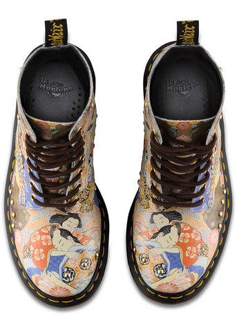 Dr. Martens 1460 Pascal Eastern Art Backhand Straw Grain Veterlaarzen