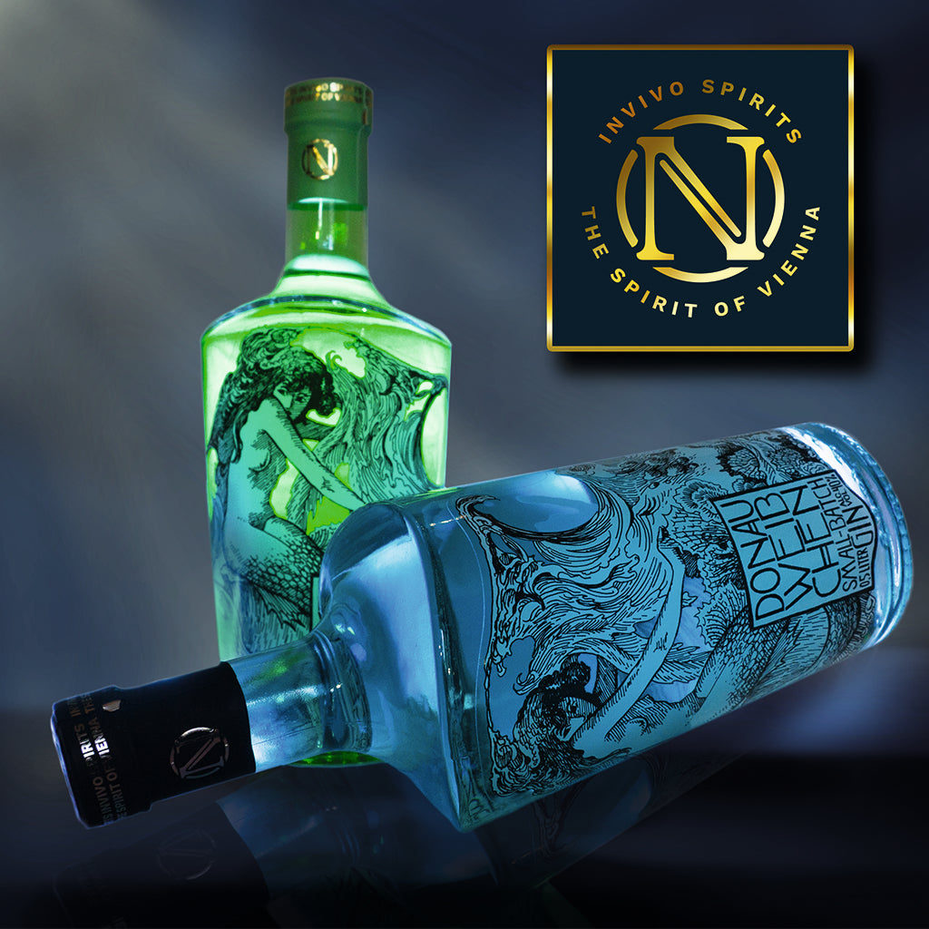 Green and Blue Donauweibchen Gin