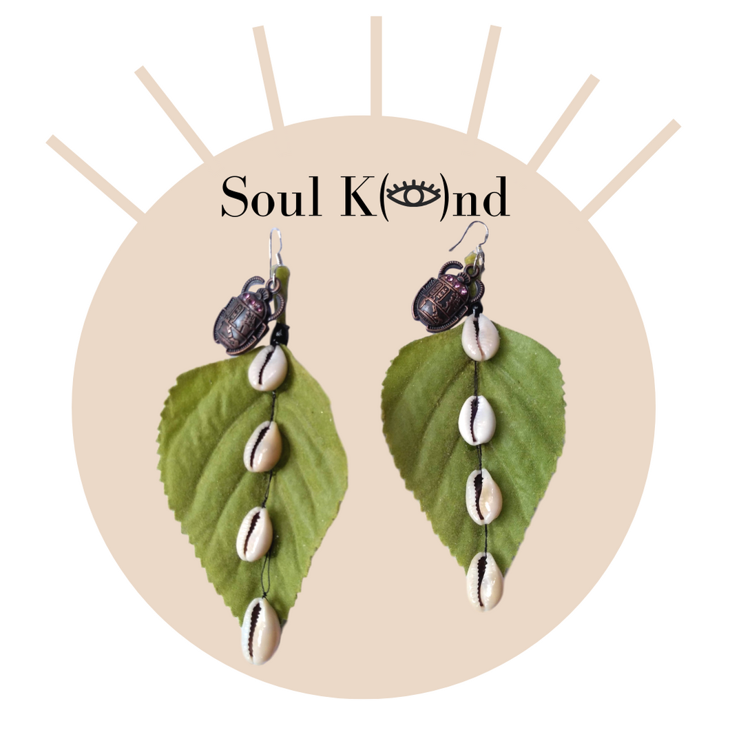 Soul K(👁)nd Irie Cowrie Leaf Earrings (Small)