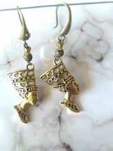 Load image into Gallery viewer, Queen Nefertiti Earrings