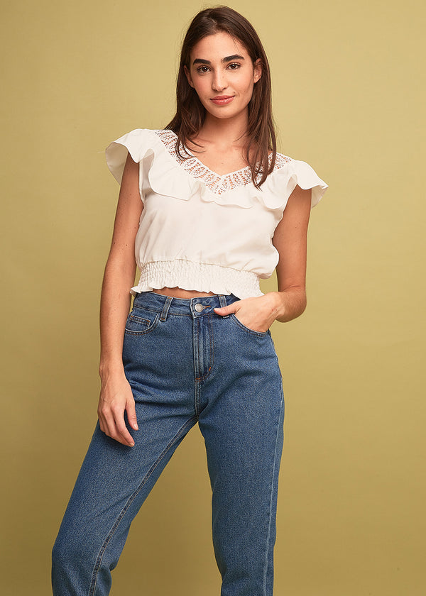 Blusa Cropped Babado Renda e Decote V Off White