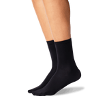 Women's Solid 3-Pack Crew Socks in Black Front