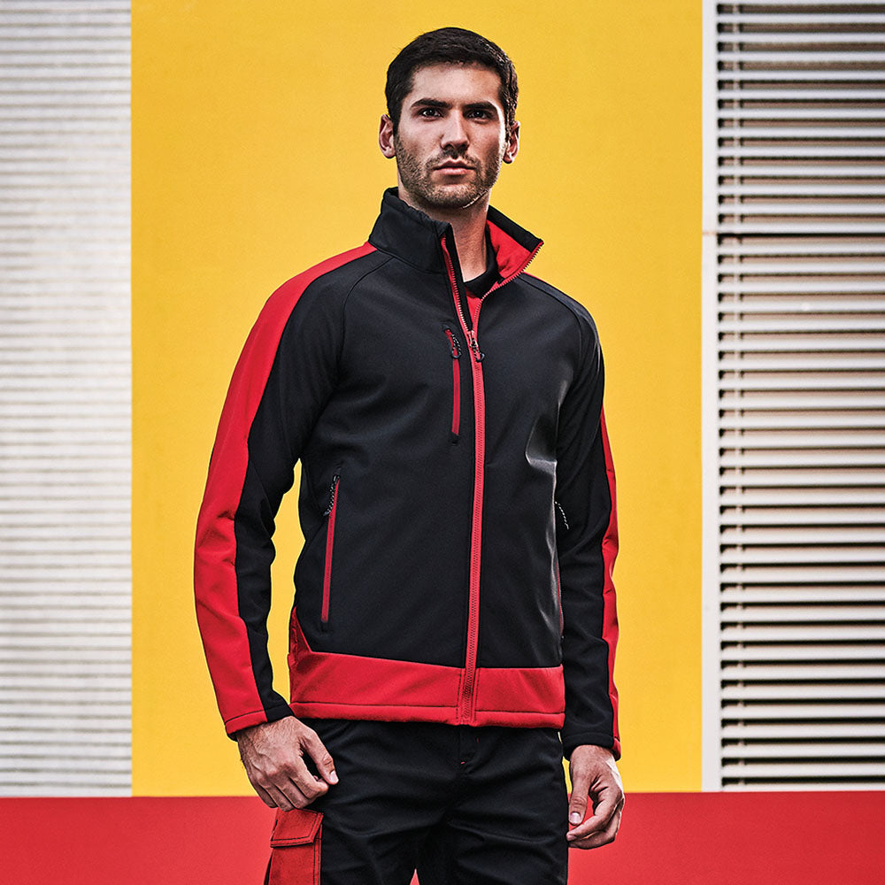 Regatta Contrast Collection Men's Contrast 3 Layer Softshell Jacket TRA618 lifestyle image black classic red