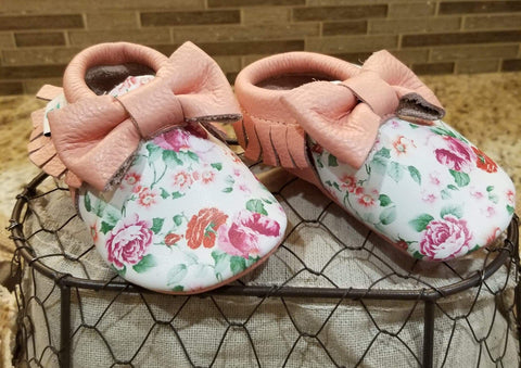 Floral print leather baby shoes