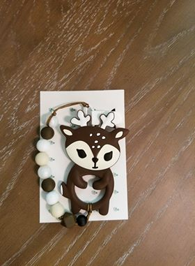 Deer teether with clip